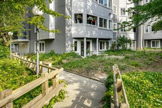 """Photo 28: 111 9880 MANCHESTER Drive in Burnaby: Cariboo Condo for sale in """"Brookside Court"""" (Burnaby North)  : MLS®# R2389725"""
