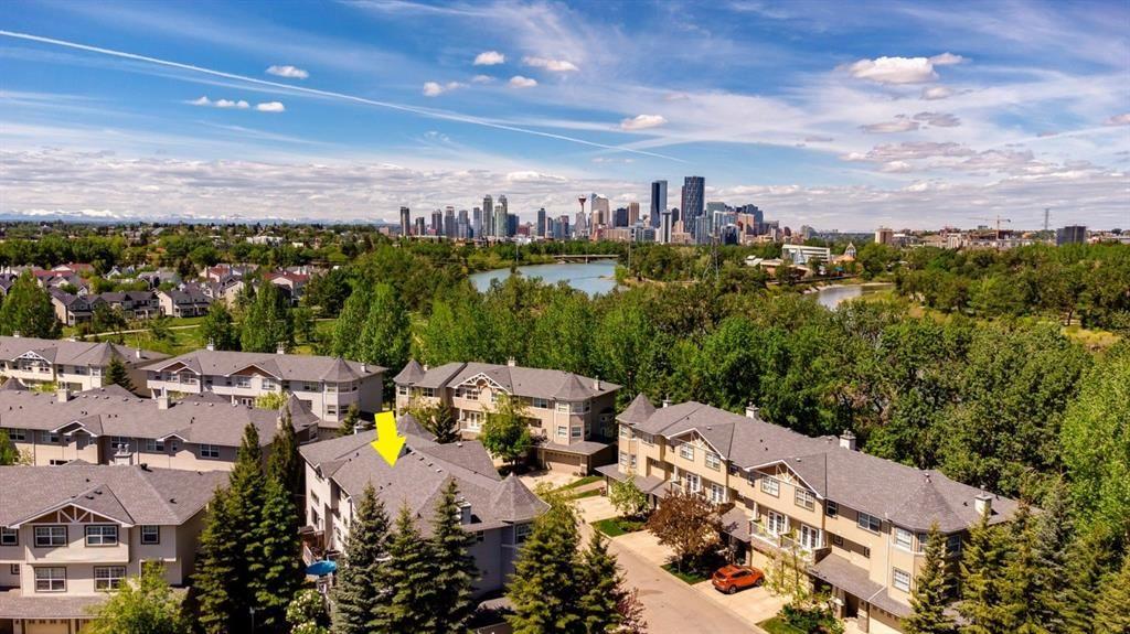 Main Photo: 126 Inglewood Grove SE in Calgary: Inglewood Row/Townhouse for sale : MLS®# A1119028
