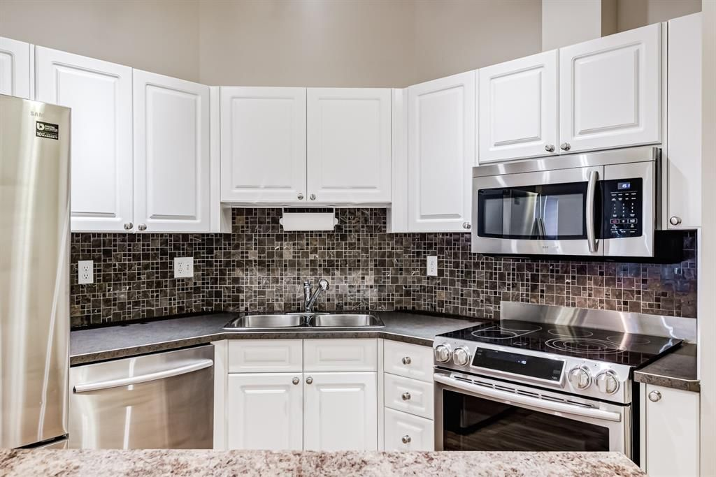 Photo 23: Photos: 204 1000 Applevillage Court SE in Calgary: Applewood Park Apartment for sale : MLS®# A1121312