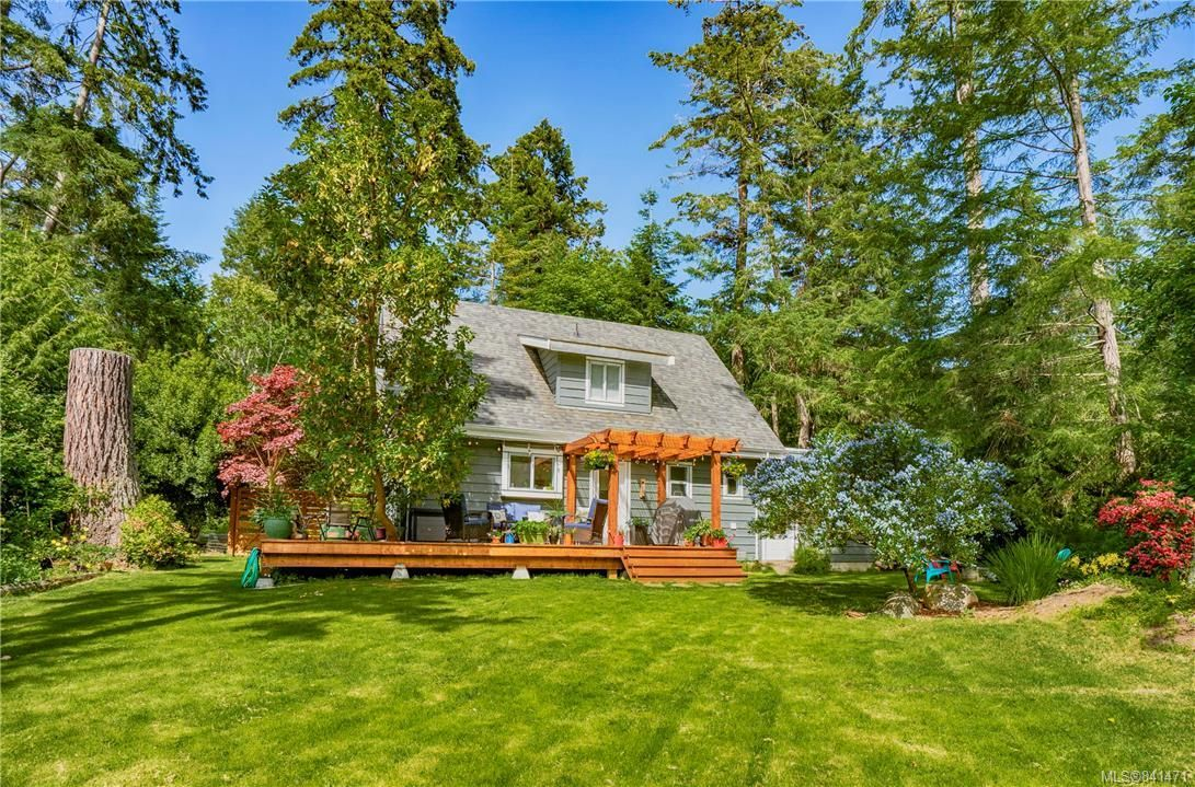 Main Photo: 3737 Rum Rd in : GI Pender Island House for sale (Gulf Islands)  : MLS®# 841471