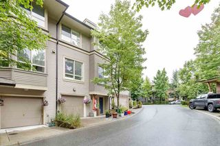 """Photo 4: 45 100 KLAHANIE Drive in Port Moody: Port Moody Centre Townhouse for sale in """"INDIGO"""" : MLS®# R2472621"""