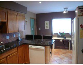 Photo 5: 11580 WARESLEY Street in Maple_Ridge: Southwest Maple Ridge House for sale (Maple Ridge)  : MLS®# V695249