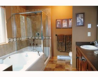 "Photo 7: 76 24185 106B Avenue in Maple Ridge: Albion Townhouse for sale in ""TRAILS EDGE"" : MLS®# V810262"