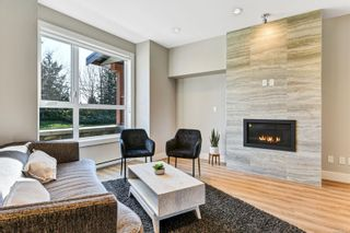 Photo 3: 7884 Lochside Dr in : CS Turgoose Row/Townhouse for sale (Central Saanich)  : MLS®# 870947