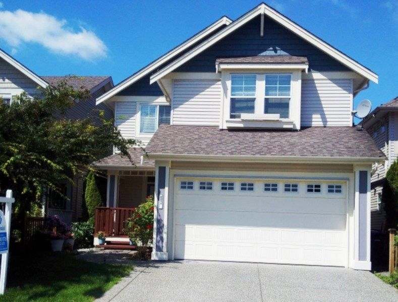 Main Photo: 8211 212 Street in Langley: Willoughby Heights House for sale : MLS®# R2188016