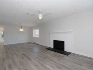Photo 4: 2667 Myra Pl in : VR Six Mile House for sale (View Royal)  : MLS®# 854283