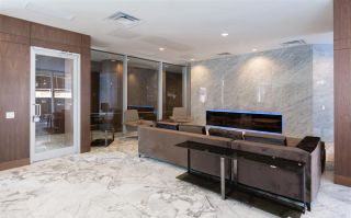 """Photo 14: 1756 38 SMITHE Street in Vancouver: Downtown VW Condo for sale in """"ONE PACIFIC"""" (Vancouver West)  : MLS®# R2106045"""
