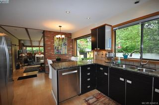 Photo 15: 839 Wavecrest Pl in VICTORIA: SE Broadmead House for sale (Saanich East)  : MLS®# 838161