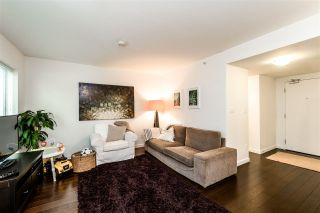 "Photo 9: TH4 1288 CHESTERFIELD Avenue in North Vancouver: Central Lonsdale Townhouse for sale in ""ALINA"" : MLS®# R2204049"
