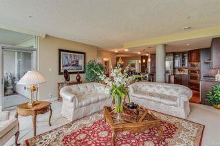 Photo 15: 402 5332 Sayward Hill Cres in : SE Cordova Bay Condo for sale (Saanich East)  : MLS®# 877023