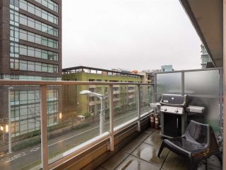 Photo 10: 306 1708 COLUMBIA STREET in Vancouver: False Creek Condo for sale (Vancouver West)  : MLS®# R2341537