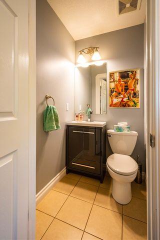 Photo 7: 201 10625 KINGSWAY Avenue in Edmonton: Zone 08 Condo for sale : MLS®# E4254794