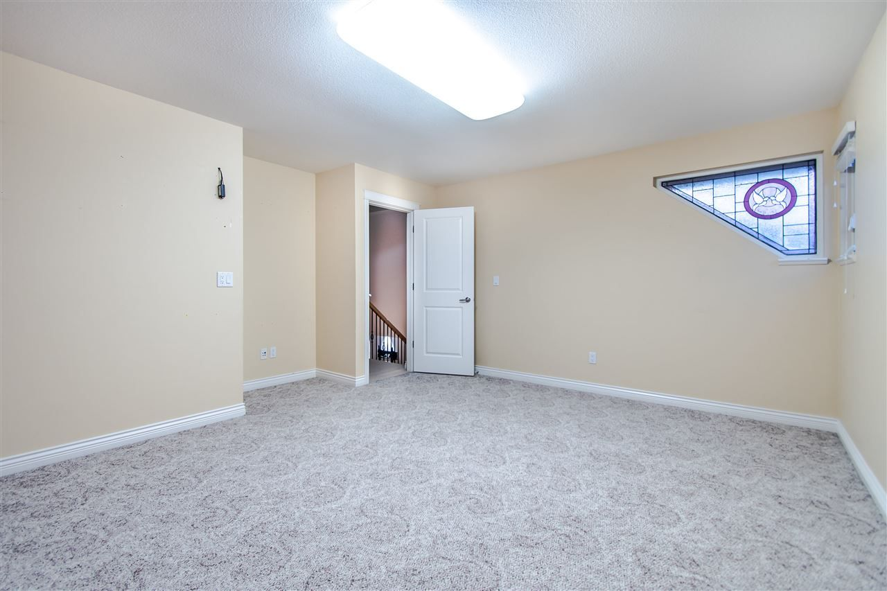 """Photo 31: Photos: 4857 214A Street in Langley: Murrayville House for sale in """"Murrayville"""" : MLS®# R2522401"""