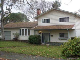 Photo 1: 1162 Lugrin Pl in VICTORIA: Es Rockheights House for sale (Esquimalt)  : MLS®# 658214