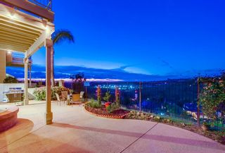 Photo 2: RANCHO PENASQUITOS House for sale : 4 bedrooms : 9308 Chabola Road in San Diego