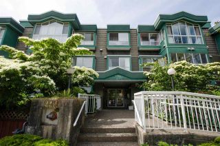 """Photo 3: 103 2211 WALL Street in Vancouver: Hastings Condo for sale in """"PACIFIC LANDING"""" (Vancouver East)  : MLS®# R2379223"""