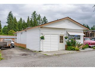 """Photo 27: 3 4426 232 Street in Langley: Salmon River Manufactured Home for sale in """"WESTFIELD COURT"""" : MLS®# R2479123"""