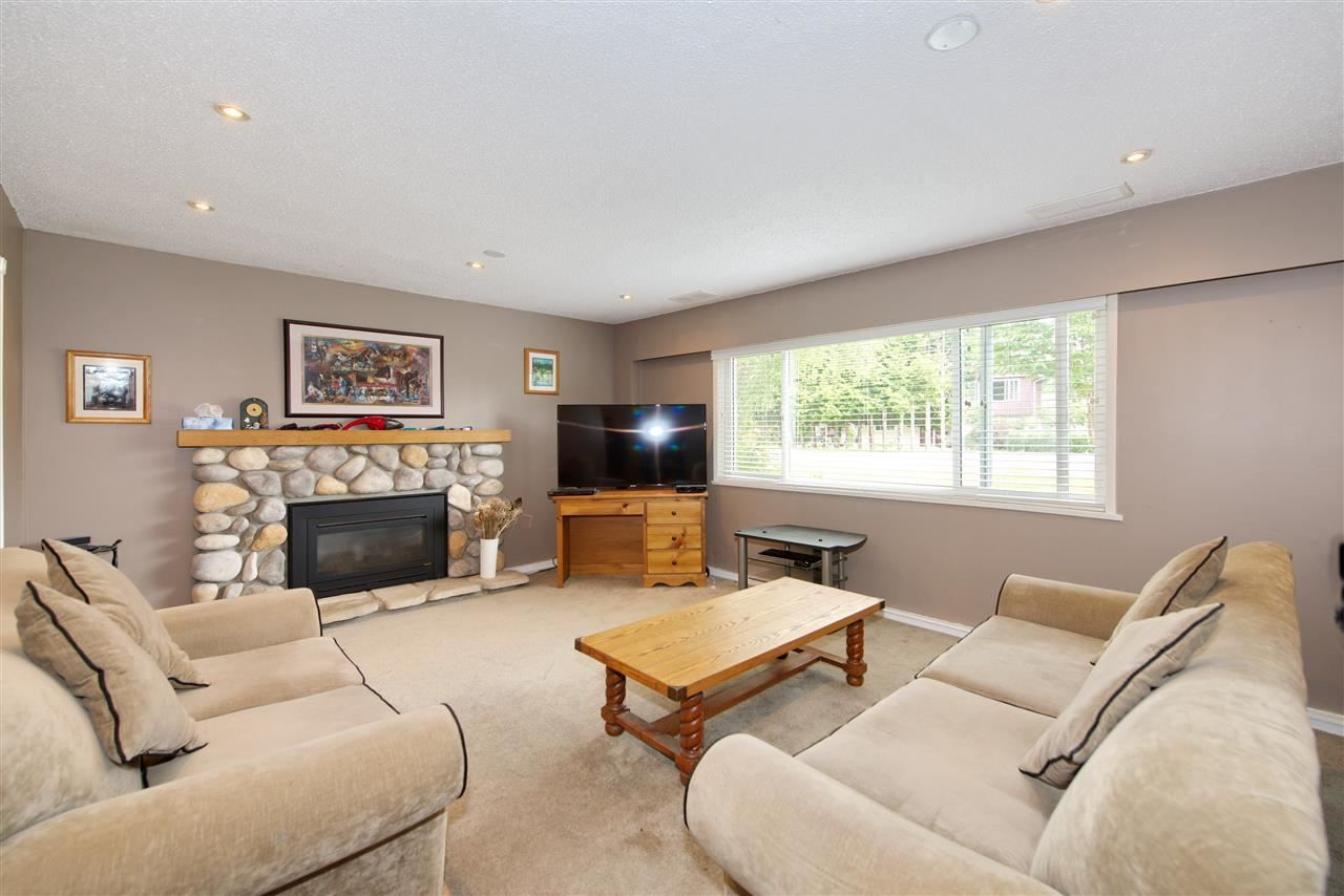 Main Photo: 4936 44A Avenue in Delta: Ladner Elementary House for sale (Ladner)  : MLS®# R2411200