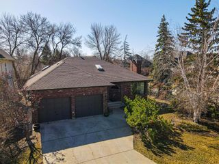 Main Photo: 118 Normand Park Drive in Winnipeg: Normand Park Residential for sale (2C)  : MLS®# 202108983