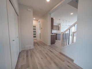 Photo 2: 20031 26 Avenue in Edmonton: Zone 57 House for sale : MLS®# E4247510