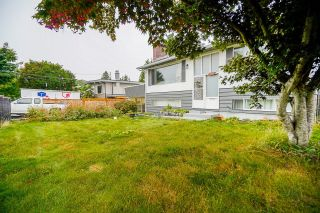 Photo 2:  in Surrey: Guildford House for sale (North Surrey)  : MLS®# R2617331