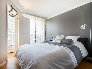"""Photo 17: 109 950 DRAKE Street in Vancouver: Downtown VW Condo for sale in """"ANCHOR POINT"""" (Vancouver West)  : MLS®# R2401708"""