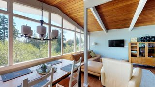 Photo 8: 6211 BAILLIE Road in Sechelt: Sechelt District House for sale (Sunshine Coast)  : MLS®# R2325977