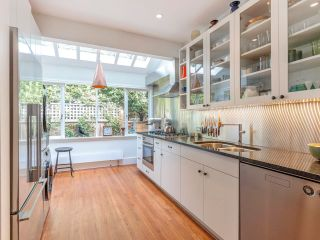 """Photo 18: 5 1820 BAYSWATER Street in Vancouver: Kitsilano Townhouse for sale in """"Tatlow Court"""" (Vancouver West)  : MLS®# R2619300"""