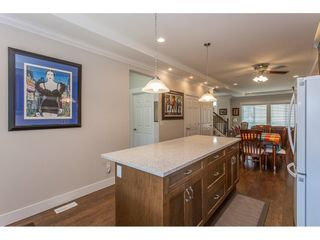 """Photo 5: 8615 CEDAR Street in Mission: Mission BC Condo for sale in """"Cedar Valley Row Homes"""" : MLS®# R2199726"""
