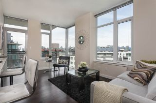 """Photo 6: 908 38 W 1ST Avenue in Vancouver: False Creek Condo for sale in """"THE ONE"""" (Vancouver West)  : MLS®# R2164655"""