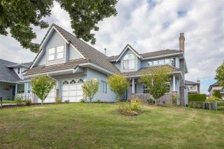"""Photo 1: 19041 62 Avenue in Surrey: Cloverdale BC House for sale in """"Cloverdale Hilltop"""" (Cloverdale)  : MLS®# R2307623"""