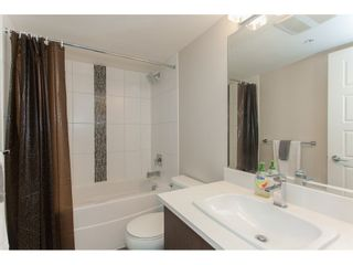 """Photo 18: 202 19936 56 Avenue in Langley: Langley City Condo for sale in """"BEARING POINTE"""" : MLS®# R2240895"""