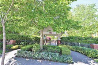 "Photo 29: 108 2167 152 Street in Surrey: Sunnyside Park Surrey Condo for sale in ""Muirfield Gardens"" (South Surrey White Rock)  : MLS®# R2588069"