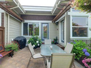 Photo 19: 541 Heatherdale Lane in VICTORIA: SW Royal Oak Row/Townhouse for sale (Saanich West)  : MLS®# 769630