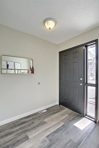 Photo 5: 64 Millrise Close SW in Calgary: Millrise Detached for sale : MLS®# A1099689