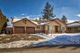 Photo 1: 681 Cassiar Crescent, in Kelowna: House for sale : MLS®# 10152287