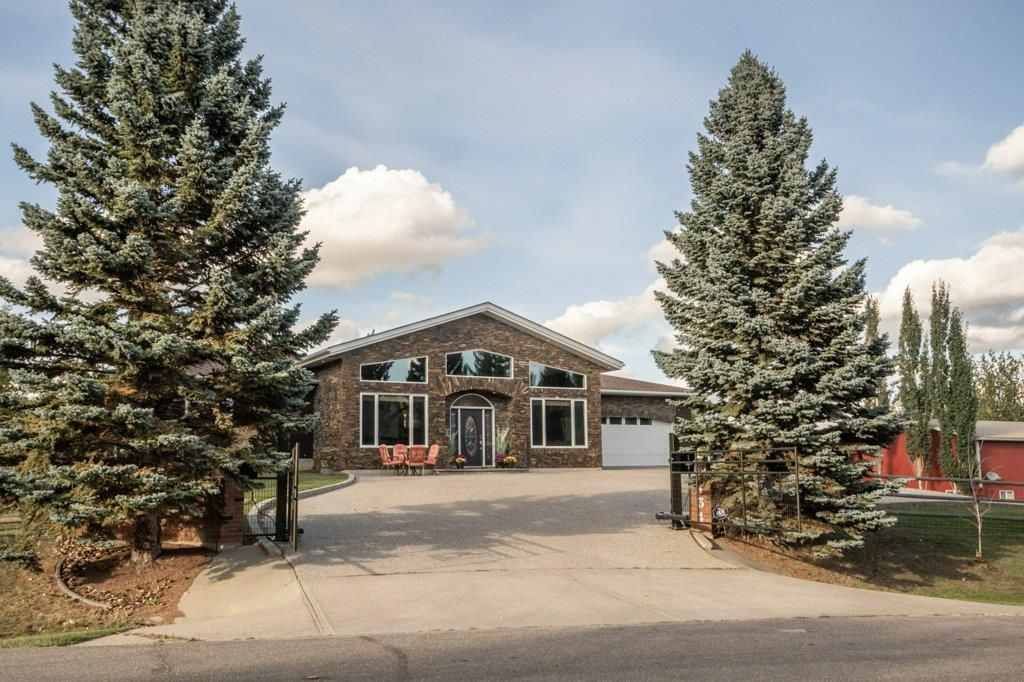 Main Photo: 134 22555 TWP RD 530: Rural Strathcona County House for sale : MLS®# E4263779