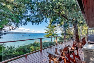 Photo 4: 3845 Shingle Spit Rd in : Isl Hornby Island House for sale (Islands)  : MLS®# 870117