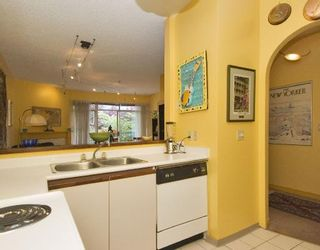"""Photo 3: 307 1924 COMOX Street in Vancouver: West End VW Condo for sale in """"WINDGATE BY THE PARK"""" (Vancouver West)  : MLS®# V740781"""