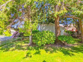 Photo 13: 3820 EARLMOND Avenue in Richmond: Seafair House for sale : MLS®# R2582825