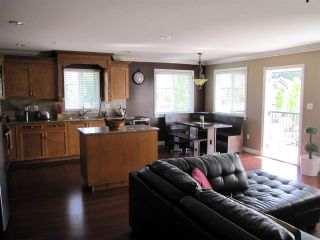 Photo 4: 11316 236 Street in Maple Ridge: Cottonwood MR House for sale : MLS®# R2062616