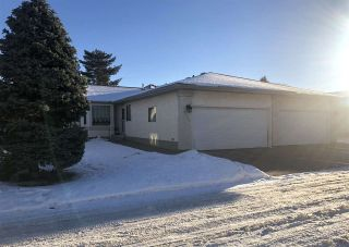 Photo 1: 6530 158 Avenue in Edmonton: Zone 03 House Half Duplex for sale : MLS®# E4222169
