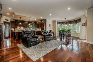 """Photo 7: 24538 56A Avenue in Langley: Salmon River House for sale in """"Salmon River"""" : MLS®# R2357481"""