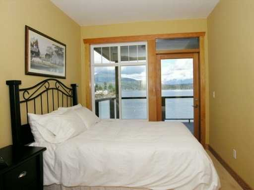 """Photo 8: Photos: 1508 TIDEVIEW Road in Gibsons: Gibsons & Area House for sale in """"LANGDALE"""" (Sunshine Coast)  : MLS®# V621776"""