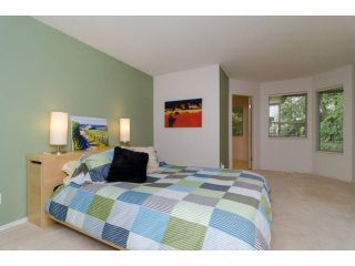 """Photo 11: 49 103 PARKSIDE Drive in Port Moody: Heritage Mountain Townhouse for sale in """"TREETOPS"""" : MLS®# V1065898"""