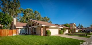 Photo 3: House for sale : 4 bedrooms : 39552 Crystal Lake Court in Murrieta