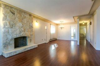 Photo 5: 7157 NANAIMO Street in Vancouver: Fraserview VE House for sale (Vancouver East)  : MLS®# R2236648