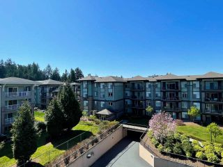 Photo 11: 409 33338 MAYFAIR Avenue in Abbotsford: Central Abbotsford Condo for sale : MLS®# R2566506