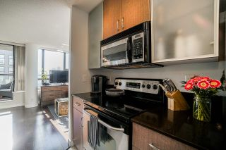 Photo 9: 2806 909 MAINLAND STREET in Vancouver: Yaletown Condo for sale (Vancouver West)  : MLS®# R2507980