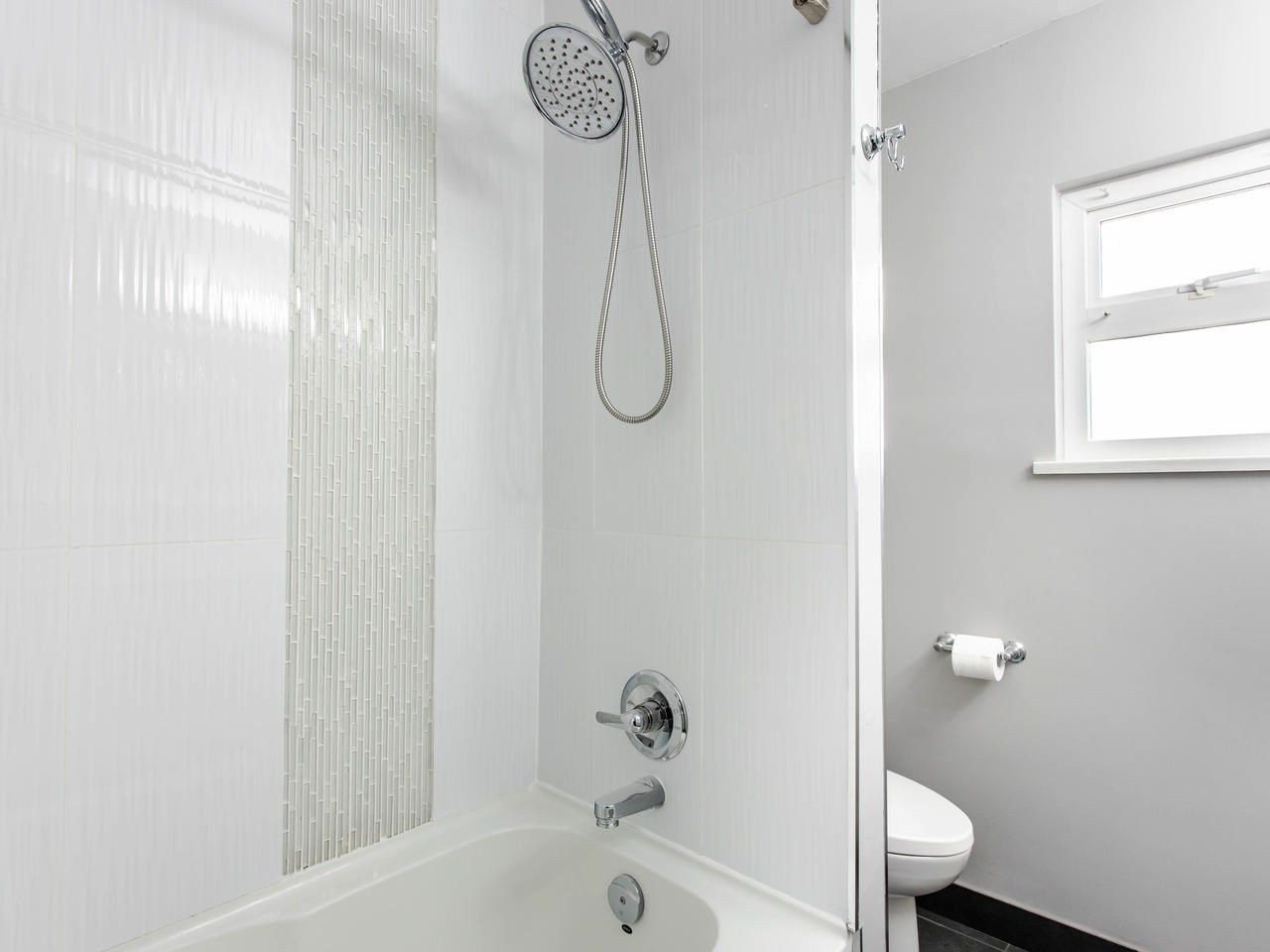 Photo 14: Photos: 4653 UNION STREET in Burnaby: Capitol Hill BN House for sale (Burnaby North)  : MLS®# R2493161